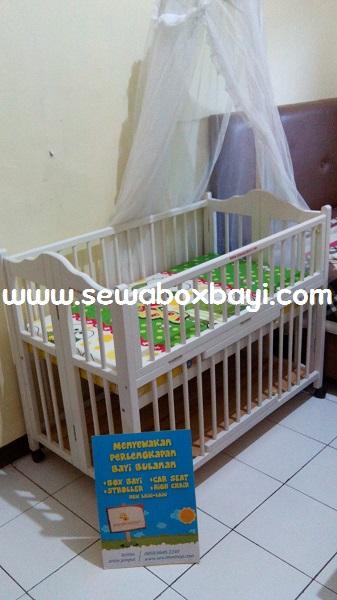sewa box bayi kayu imelda vila dago pamulang