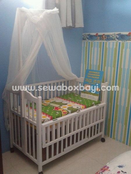 lydia pamulang sewa tempat tidur bayi dari kayu